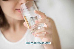 مصرف کم آب و چربی زیاد پوست