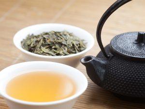 چای سبز در رژیم غذایی آکنه
